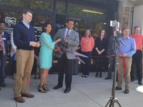 RibbonCutting1