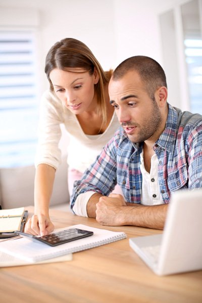 couple worried about budget