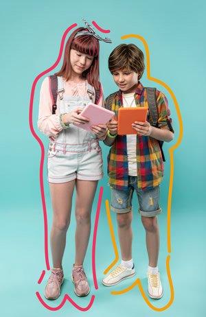 teens on tablet2